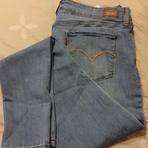 Womans Levi's Skinny Jeans